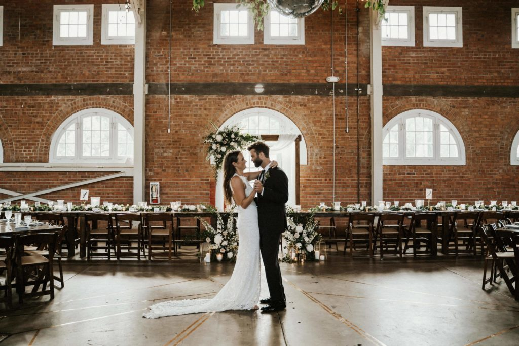 Top 5 Reasons Why Hiring a Wedding Planner is SO Important